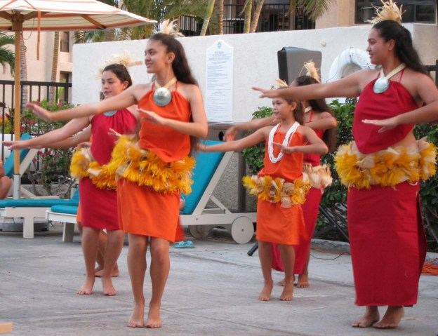 2010 Hawaii Hula Dancers 6