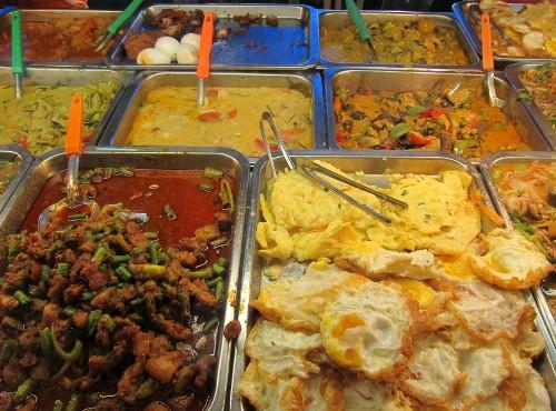 Sala Daeng Rd. lunch market